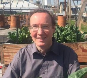Jacques Caplat est agronome, anthropologue, secrétaire général d'Agir Pour l'Environnement